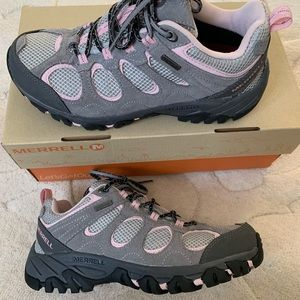 Merrell Shoes Size 7